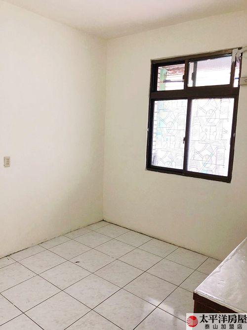 泰山買房賣屋獨戶獨梯邊間美寓,新北市泰山區中華街