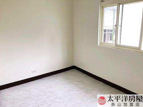 泰山買房賣屋低總價三房,新北市泰山區黎明路