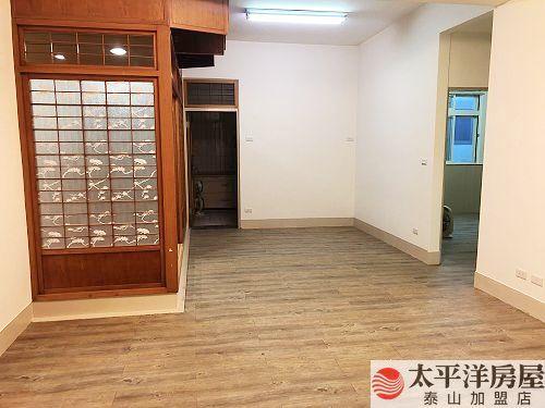 泰山買房賣屋面寬好停車一樓,新北市泰山區明志路三段